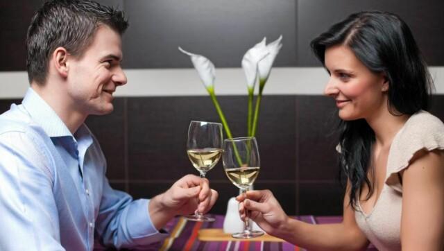 dating hvor ofte møtes barney and robin first hook up