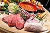 HVA BØR DU VELGE: Ifølge ernæringseksperten bør du helst bytte ut noe av det røde kjøttet med fisk - hels bør ukesmenyen bestå av to til tre måltider fisk.  Foto: Alex Tihonov - Fotolia